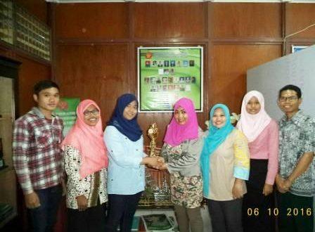 Mahasiswa Prodi Agribisnis Fakultas Pertanian Sabet 2 Piala di Ajang Pekan Ilmiah Mahasiswa UNTAD 2016